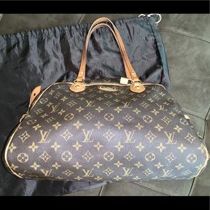 Louis Vuitton authentic Monogram LV large purse